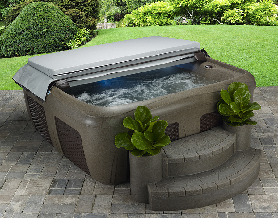 Dream-Maker-Hot-Tub